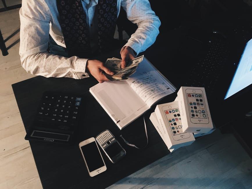 גניבת סוד מסחרי על ידי עובד