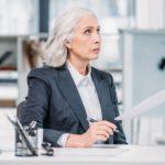 נדחתה תביעת עובדת ותיקה שפוטרה 4 חודשים לפני גיל פרישה