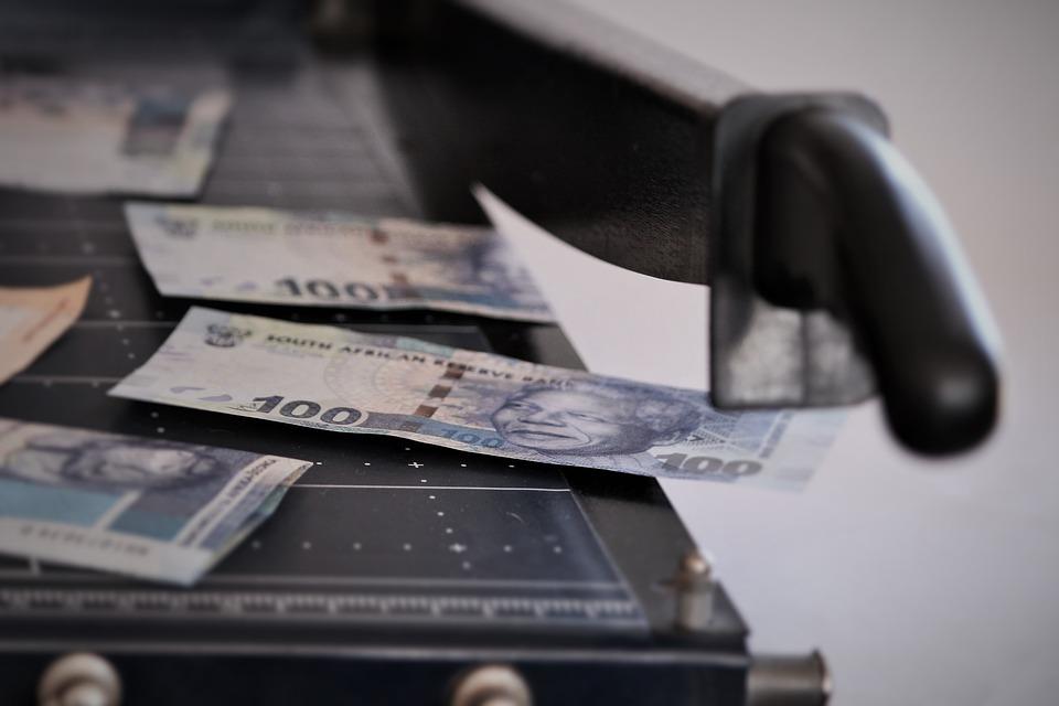 ניכוי חוב משכר עובד