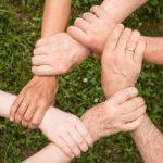 הצעת חוק למתן זכאות לשעות טיפול בהורה ולהיעדרות ללא תשלום