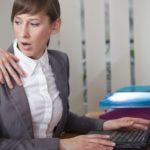 """בג""""ץ בהחלטה תקדימית: התפטרות בעקבות הטרדה מינית תוּכר כפיטורים"""