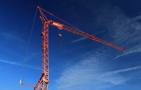 עגורן הופעל ללא רישיון, אתר הבנייה נסגר