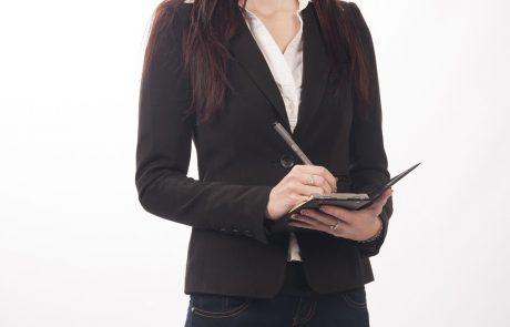 """""""העובדת לא ציינה מהו המעמד האישי של המזכירה שהחליפה אותה, ודי בכך כדי לדחות את עילת התביעה"""""""