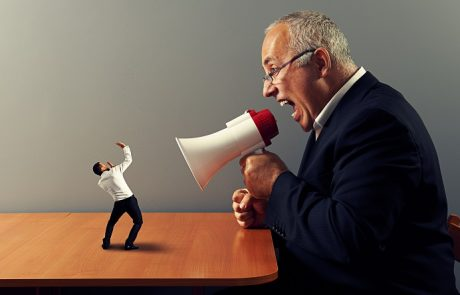 פסיקה: השפלה והעלבה קשה של עובד עשויה להצדיק התפטרות בדין פיטורים